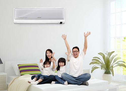 Phương pháp vệ sinh máy lạnh tại nhà không tốn nhiều sức